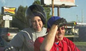 stupid-helmet-eavisa