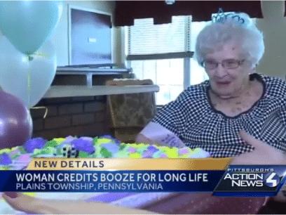 100-årige Paulines råd til et langt liv - drikk mye sprit !