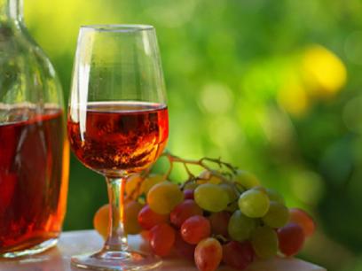 10 Grunner til at alle vin elskere bare MÅ besøke Portugal før de dør.