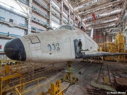 En mann i Russland har funnet de triste restene av det sovjetiske romfergeprogrammet
