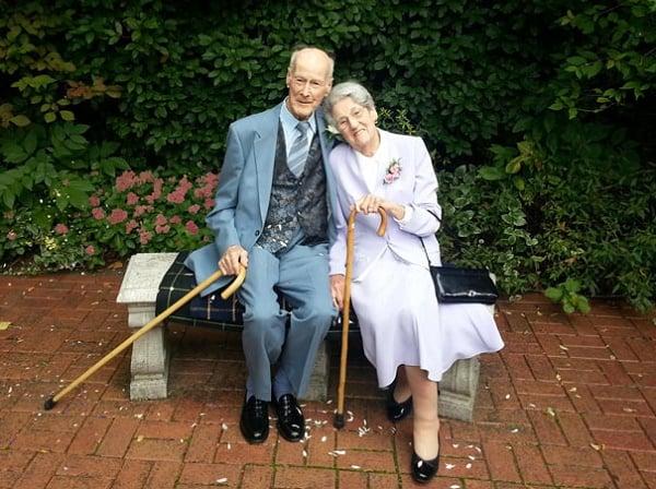 20 Bilder som viser at du ALDRI er for gammel til å finne kjærligheten