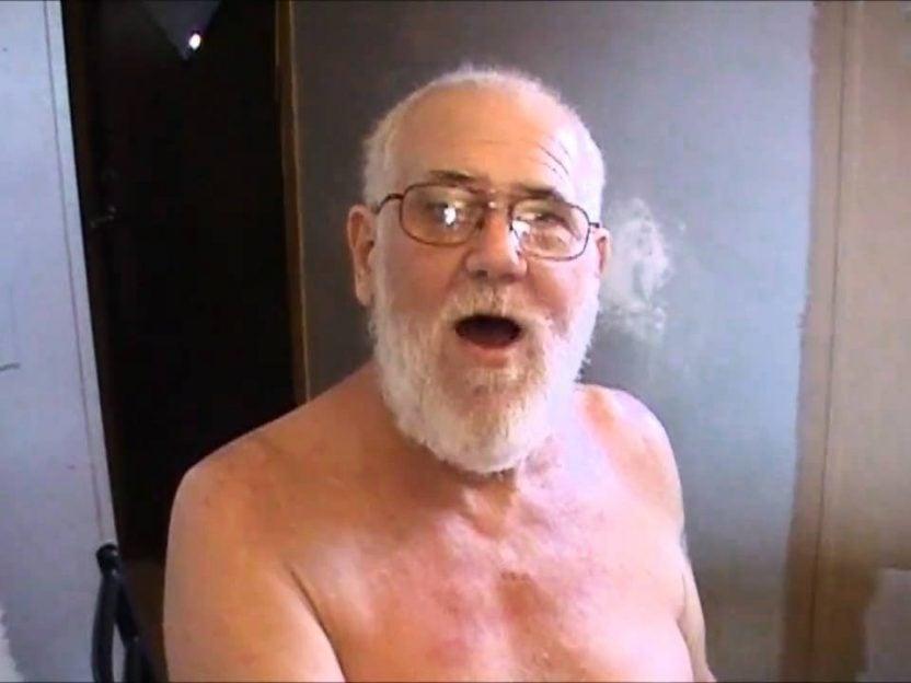 Har du fått med deg bestefaren som HATER Justin Bieber?