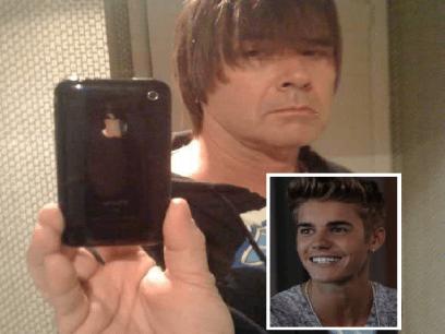 Nilsi (46 år) er Norges største Bieber-fan. Skal prøve å lukte på ham