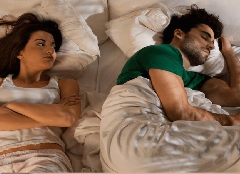 9 av 10 kvinner fantaserer om å angripe og klore  mannen sin i ansiktet mens han sover