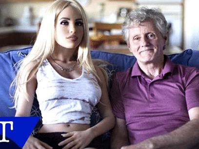 James (58) er gift, men har en sexdukke som partner i tillegg!