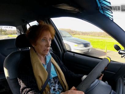 SISTE NYTT! Økende problem at svigermødre sitter innelåst i varm bil!