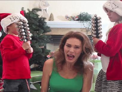 FORSKNING: 9 av 10 barn gruer seg til jul fordi mor stresser så jævlig!