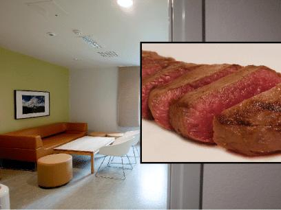 SISTE NYTT: Norske fanger fikk servert biff UTEN peppersaus til middag på en fredag!