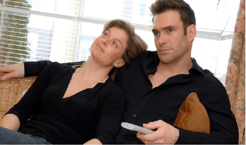 SISTE NYTT: Norske kjærestepar sin favorittstilling er å se på TV