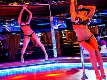 SISTE: Stortingsrepresentant tok taxi fra Oslo til Latvia for å gå på strippeklubb. Brukte taxikort