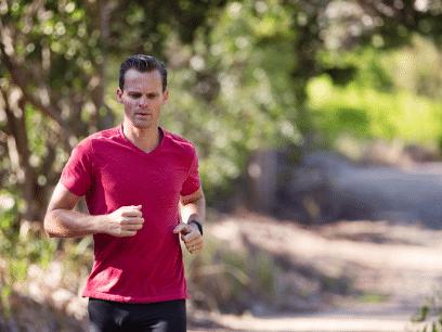 FORSKNING: Jogging kåret til den beste sporten for å unngå familien mest mulig i ferien