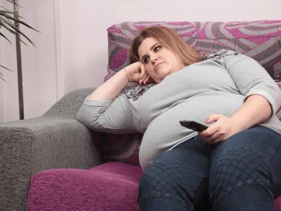 Kvinne forbannet over å ikke ha gått ned i vekt selv om hun har lastet ned slankeapp