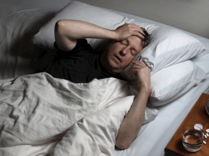 AKKURAT NÅ: Mann (44 år) lover seg selv at han ALDRI skal drikke igjen nok en gang