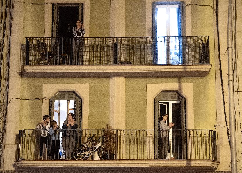 SISTE NYTT: Ingen får sove lenger da det alltid er noen som står og klapper på balkongen